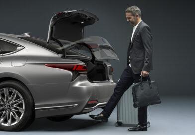 Lexus LS: Life Style